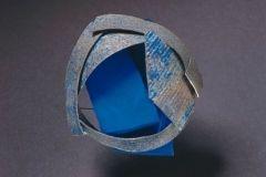 phoca_thumb_l_Annamaria Zanella, Blue Rose, spilla, 2003